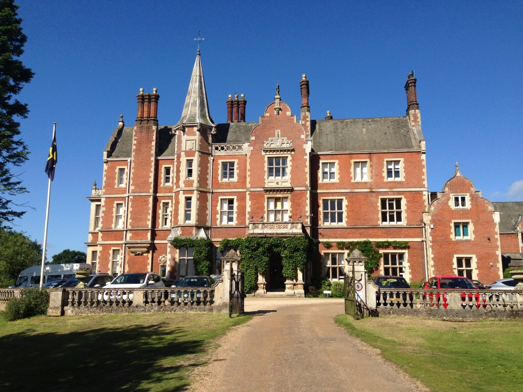 Taverham Hall entrance