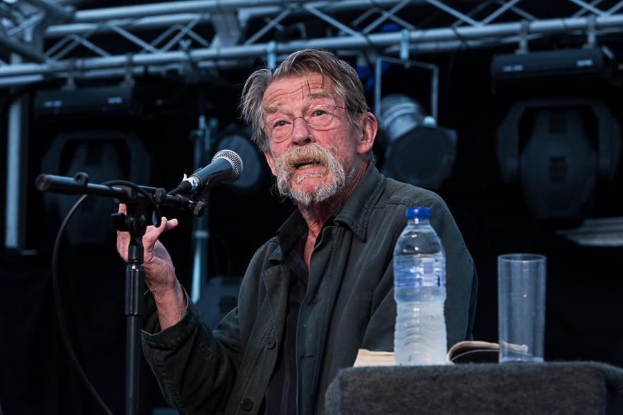 John Hurt, CBE